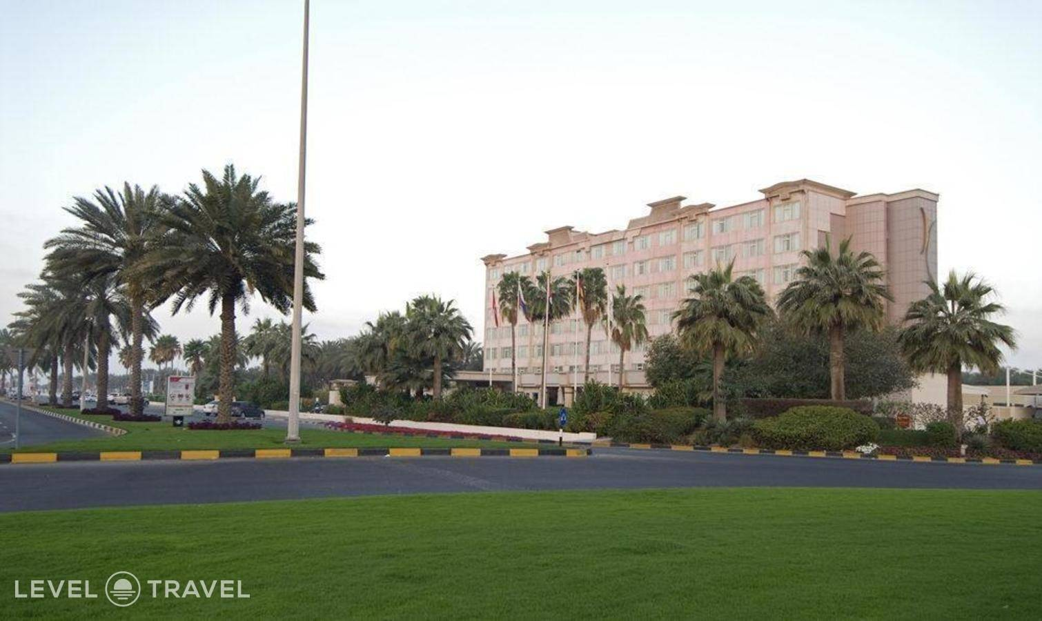 Тур в Coral Beach Resort Sharjah, Шарджа