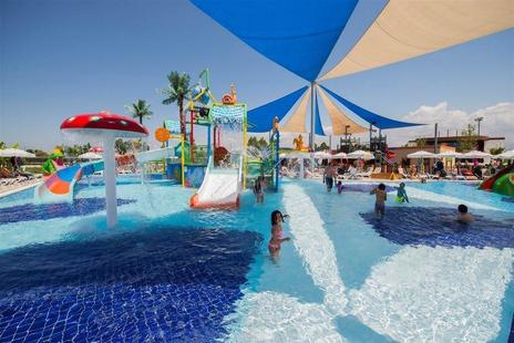 Dream World Aqua Resort & Spa