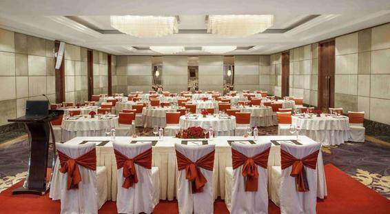 Holiday Inn New Delhi Mayur Vihar Noida (Ex. Doubletree By Hilton Hotel New Delhi Noida Mayur)