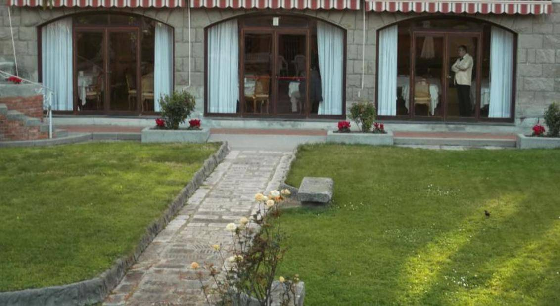 villa mara black dating site Richwomenlookingformenorg is the leading site for rich women looking for older men/looking for younger men  a wealthy woman is the one who is flaunted with a luxury villa, a private jet, and an expensive car, and so on she is out there looking for you, so what should you do  rich women looking for men for dating @.