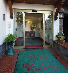 Kertess Hotel