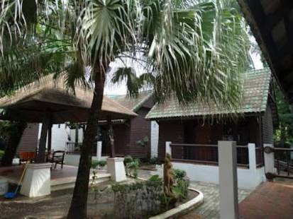 Naithon Beach Resort